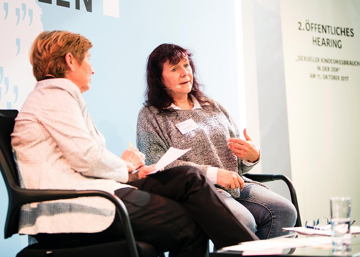 Dr. Christine Bergmann im Gespräch mit Renate Viehrig-Seger