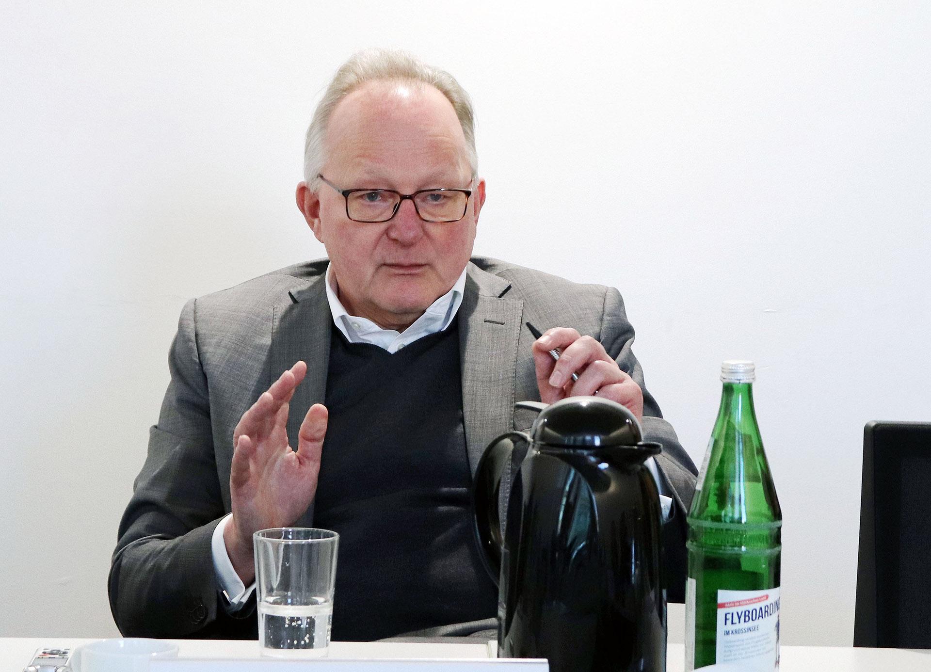 Prof. Dr. Jochen-Friedrich Buhrmann